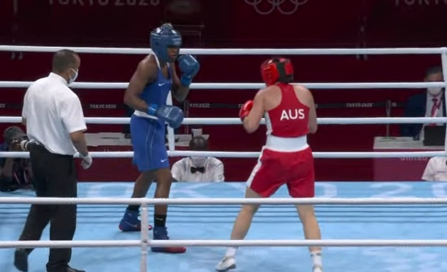 Atheyna Bylon (azul) ante la australiana Caitlin Parker.