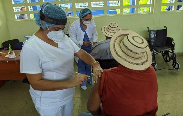 Panamá ha recibido más un millón y medio de vacunas contra la covid-19 este mes. Foto: Cortesía CSS
