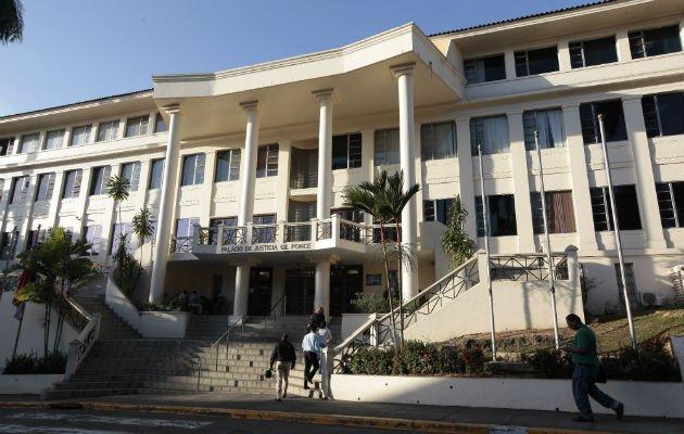 Órgano Judicial trata de justificar el oneroso contrato. Foto: Archivo