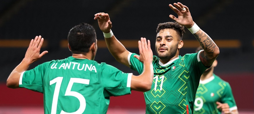 México se clasifica por detrás de Japón en el grupo A tras vencer a Sudáfrica 3-0. Foto Cortesía: @FIFAcom