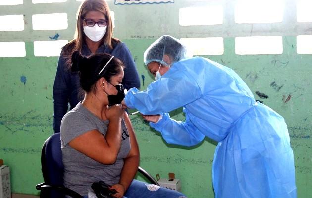Avanza estrategia de barrido con Pfizer en los centros de Vacunación habilitados en los circuitos 9-1 y 9-3. Foto: Cortesía Minsa