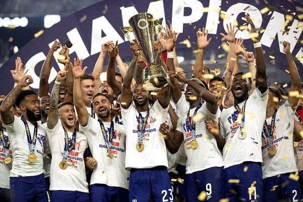 Estados Unidos levanta la Copa Oro: Foto:EFE