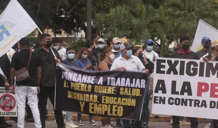 Bases del partido Realizando Metas le exigieron al procurador Javier Caraballo que saque a fiscales denunciados por irregularidades. Foto: Víctor Arosemena