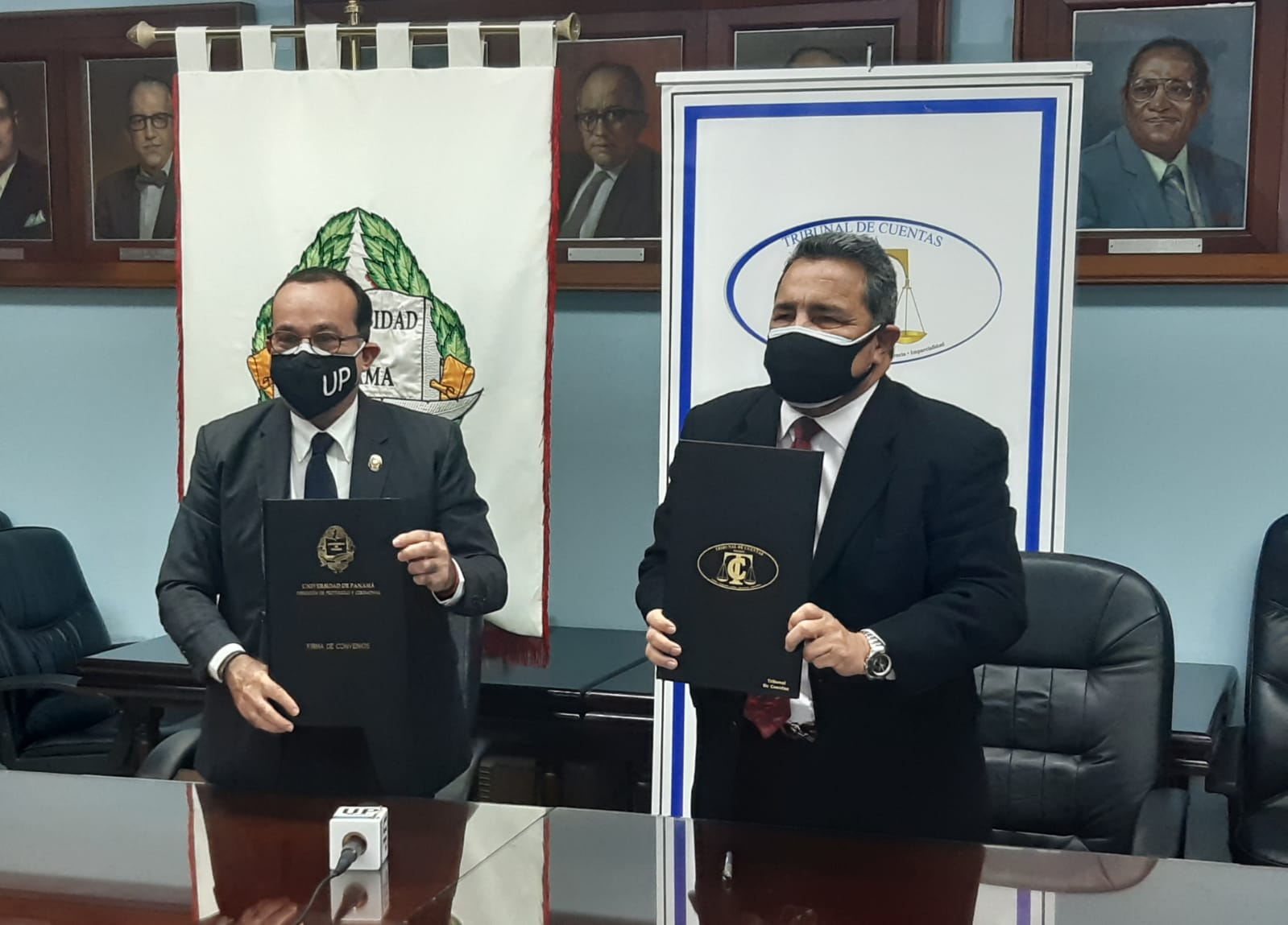 El acuerdo busca el desarrollo de proyectos, asesorías, investigaciones, capacitaciones, entre otros. Foto: Cortesía