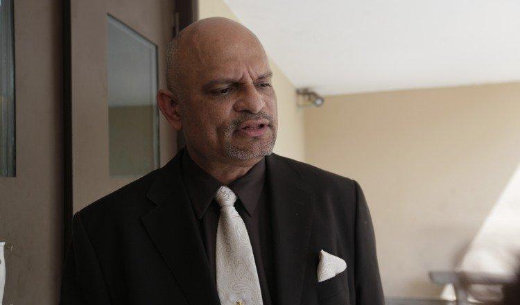 Ernesto Cedeño informó que su demanda quedó radicada en el despacho del magistrado presidente de la Corte, Luis Ramón Fábrega.
