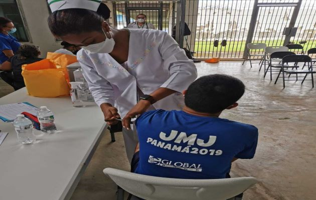 Hasta este miércoles 25 de agosto se han colocado 4,124,375 dosis de vacunas contra la covid-19. Foto: Cortesía Minsa