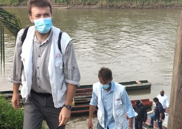 Médicos Sin Fronteras y el Minsa a su llegada a la provincia de Darién. Foto: Cortesía Minsa