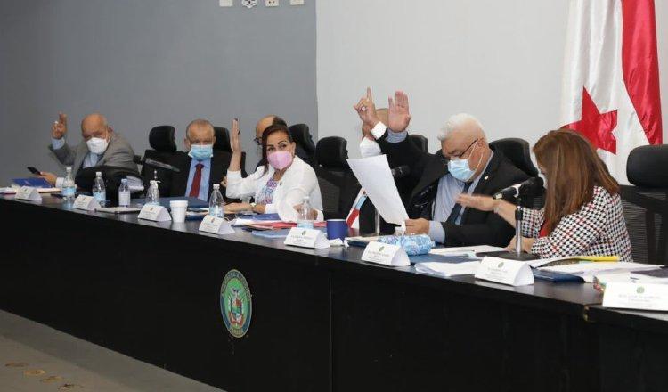 La discusión del segundo bloque de las reformas electorales tomó más de cuatro horas y, al final, la mayoría de los artículos propuestos por la CNRE se mantuvieron. Foto: Cortesía