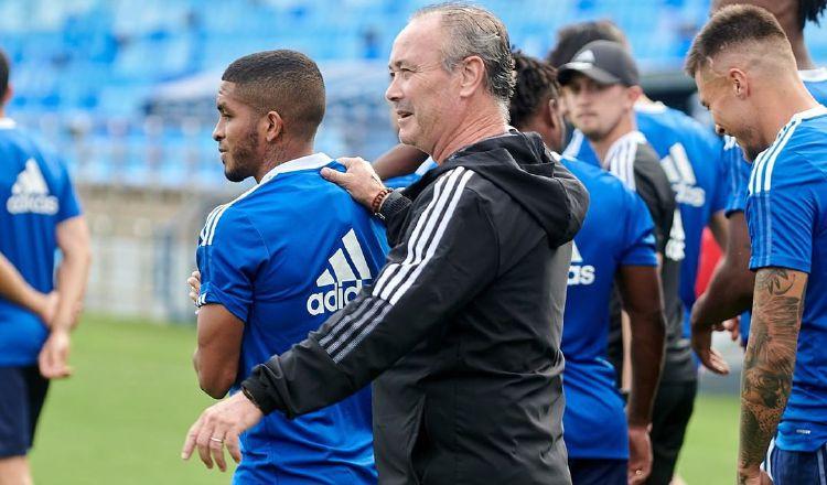 El panameño César Yanis se puso ayer a las órdenes del técnico Juan Ignacio Martínez. Foto: Cortesía Zaragoza