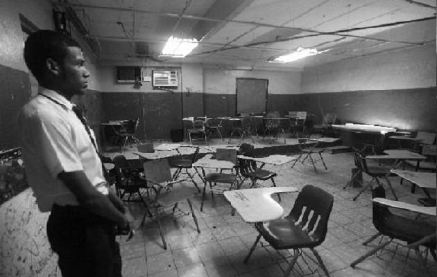 A nivel nacional, existen muchos colegios que necesitan ser remodelados, construir nuevos edificios por el aumento de la población estudiantil. Foto: Archivo. Epasa.