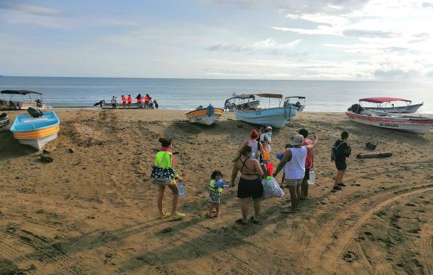 Las autoridades precisan que para abordar las embarcaciones y visitar las islas el aforo es de cinco a seis individuos. Foto: Thays Domínguez