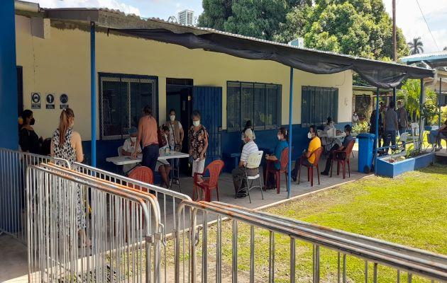 Las autoridades de salud informaron que el lunes recibieron un total de 20,004 dosis de la vacuna Pfizer, para continuar con la vacunación contra covid-19 en la provincia de Chiriquí. Foto: José Vásquez