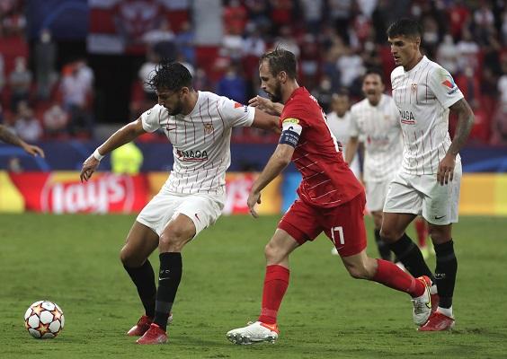Sevilla empató en casa 1-1 con el Salzburgo. Foto: EFE