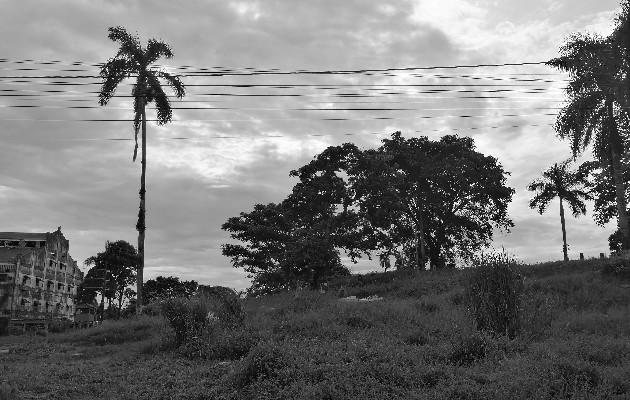Escuchar historias de nuestros familiares acerca de lo tranquilo y limpio que era el lugar, describir cómo se podía caminar incluso de noche por sus senderos tras bajarse en la estación del ferrocarril quedan en el pasado y en el olvido. Foto: Cortesía de la autora, Johanee Holder.