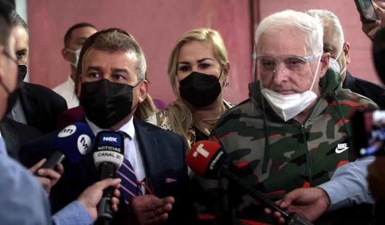 Defensa de Ricardo Martinelli ha denunciado desde el primer día del juicio que el proceso fue manipulado por el gobierno de Juan Carlos Varela. Foto: Víctor Arosemena
