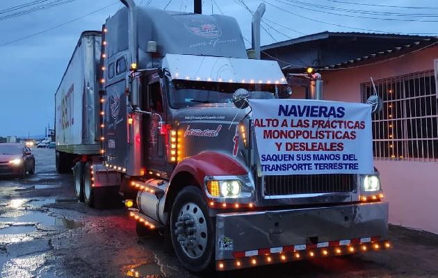 La Coordinadora Nacional de Transporte Terrestre de Carga Contenerizada (CNTCC) de Panamá inició este jueves un paro indefinido. Foto: Cortesía
