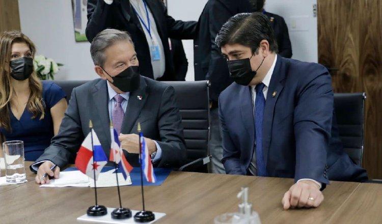 Durante su estadía en Nueva York, Cortizo se reunió con el presidente de Costa Rica, Carlos Alvarado, con quien habló sobre migración. Cortesía