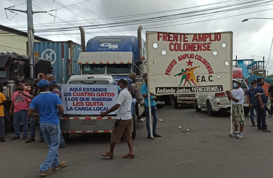 El cierre también se mantiene en la entrada de la empresa portuaria Panamá Ports. Diomedes Sánchez
