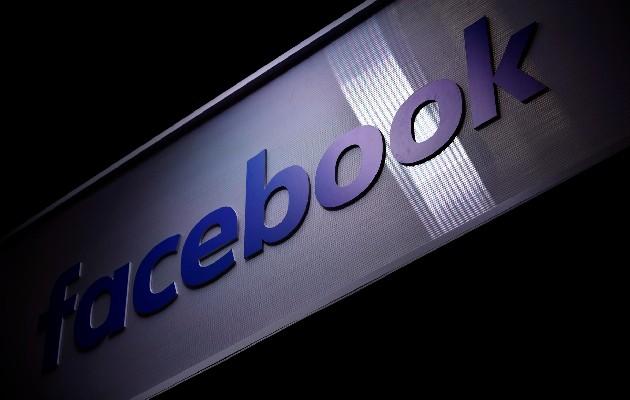 El propio consejero delegado y cofundador de la red social, Mark Zuckerberg, pidió disculpas públicamente por apagón. Foto: EFE
