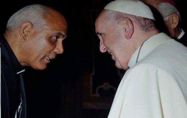 Monseñor Rómulo Aguilar tuvo la oportunidad de encontrarse en varias ocasiones con el papa Francisco. Foto: Cortesía