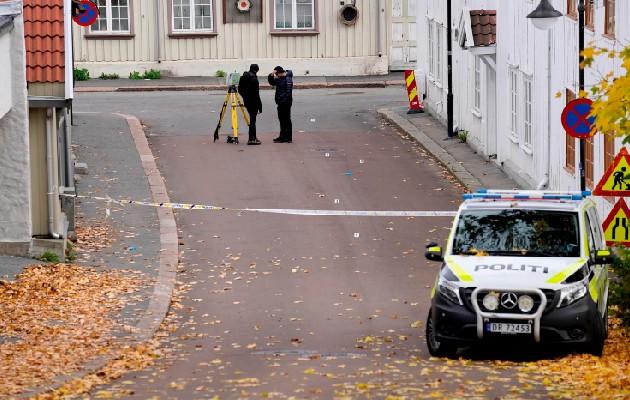 Converso al islam radicalizado mató a cinco personas e hirió a dos con un arco y flechas en Noruega. Foto: EFE