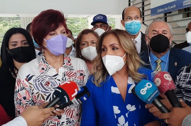 Diputada Yanibel Ábrego lanza nuevas advertencias al presidente de Cambio Democrático, Rómulo Roux. Foto: EFE