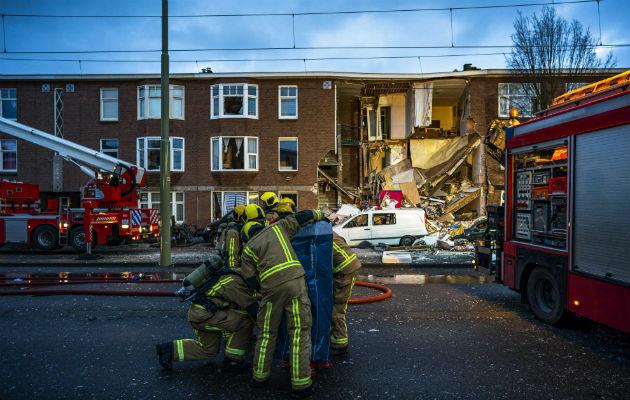 Al lugar de los hechos llegaron los servicios de emergencia ―incluidos rescatistas, ambulancias y un helicóptero.