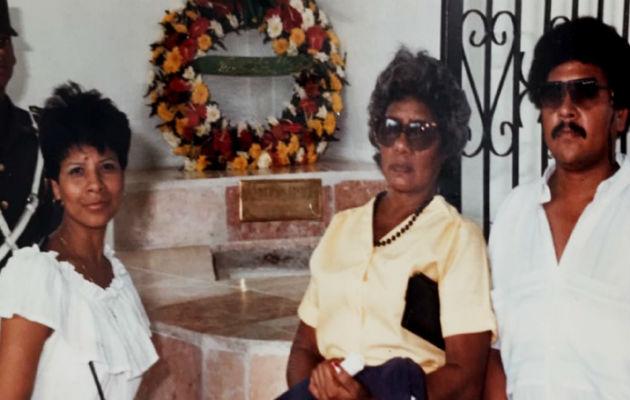 Familiares colonenses recuerdan a Maritza Alabarca. Cortesía