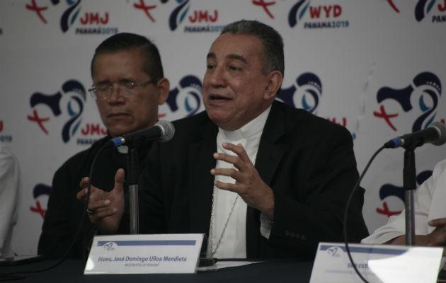 Monseñor José Domingo Ulloa.