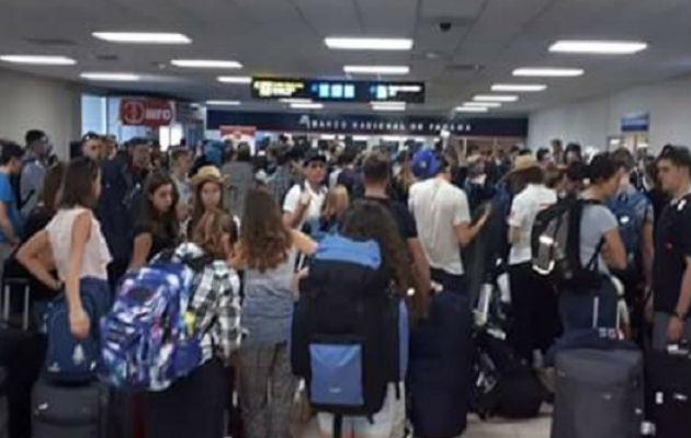 Unos cinco mil viajeros diarios adicionales llegan al aeropuerto de Tocumen.