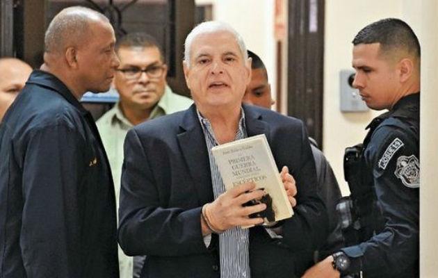 La defensa del expresidente Ricardo Martinelli alega que ya no hay nada que sustente el proceso de los supuestos pinchazos.