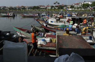 El sector pesquero fue uno de los que inició ayer el plan de reapertura gradual de la cuarentena declarada a raíz de COVID-19. AP