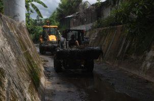 Operativo realizado en el área de Chanis y Villa Lorena. Foto Víctor Arosemena