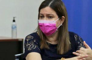Exigen la renuncia de la ministra Rosario Turner Cortesía