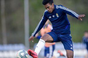 Édgar Yoel Bárcenas en los entrenamientos de Real Oviedo. Foto:@RealOviedo