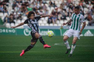 Adalberto 'Coco' Carrasquilla (izq.) durante un partido del Cartagena. Foto@Cartagena_efe