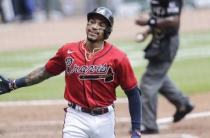 Johan Camargo festeja su cuadrangular ante los Mets. Foto:@Braves