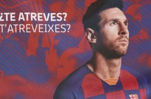 Un cartel en el Camp Nou , días después de que el delantero argentino del FC Barcelona enviara un burofax al club catalán. Foto:EFE