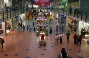 Inspeccionaron centros comerciales y restaurantes.