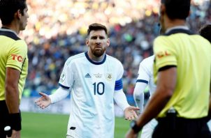 Messi (10) volverá a jugar otra eliminatoria. Foto:EFE