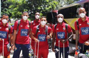 Jugadores de la selección panameña a su llegada a Costa Rica. Foto:Fepafut