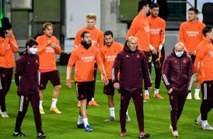 Equipo de Real Madrid en los entrenamientos. Foto:EFE