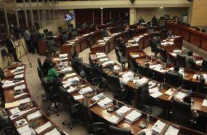 Según la Asamblea, esta planilla involucra a más de mil funcionarios.
