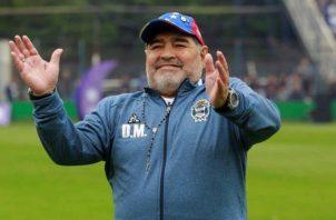 Diego Maradona dirigió a su último club Gimnasia y Esgrima La Plata. Foto:EFE
