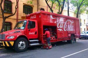Coca-Cola en octubre anunció la cancelación de 200 marcas. EFE