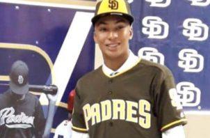 Preciado, firmó con los Padres, pero fue pasado a Chicago. Foto:Cortesía