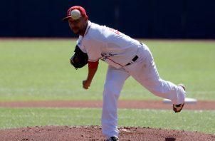 Davis Romero en la pasada Serie del Caribe realizada en Puerto Rico. Foto:EFE