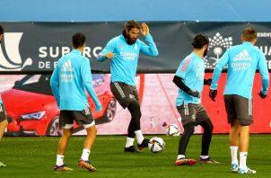 Jugadores del Real Madrid en los entrenamientos. Foto:EFE