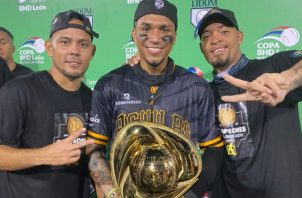 Andy Otero, Johan Camargo, Edmundo Sosa, Águila, Serie del Caribe