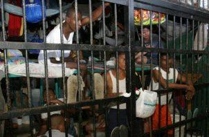 El hacinamiento es el peor de los males de los detenidos en las cárceles panameñas.